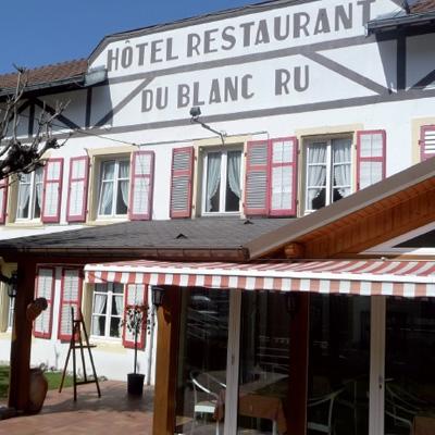 Hôtel Restaurant Le Blanc Ru à Wisenbach